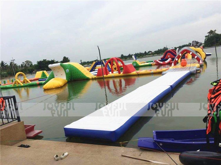 Joyful Fun Supply Inflatable Water Park to South East Asia