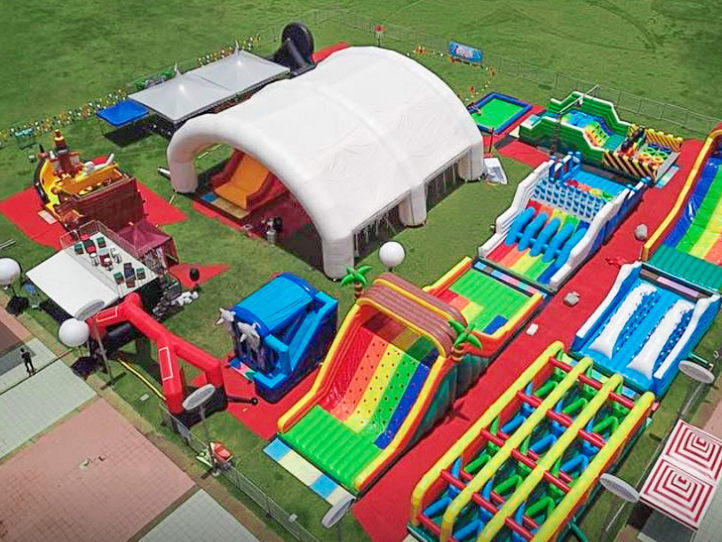 Joyful Fun factory supplies good large inflatable obstacle course amusement park